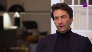 Frage des Monats - Hossein Rezvani